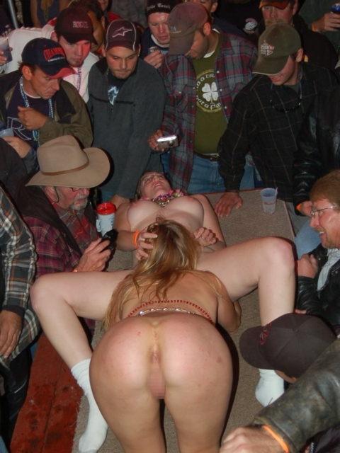 アルコールで性欲が解放された女たちをご覧くださいwwwwwwww(画像26枚)・22枚目