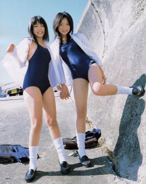 スク水とセーラー服のコラボのエロさは異常wwwwwwwwwwwww(画像30枚)・24枚目