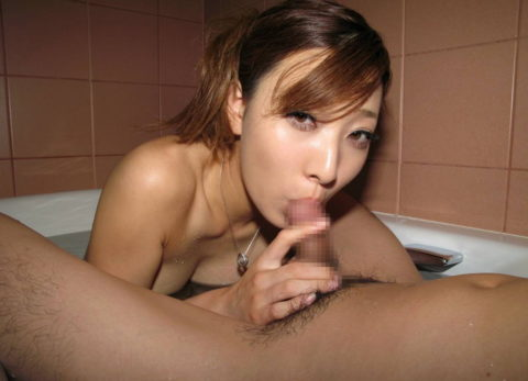 疲れた体を癒してくれるお風呂でのフェラは至高wwwwwww(画像30枚)・25枚目