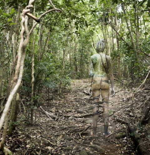 風景の中に隠れた全裸女性を探す画像集(30枚)・27枚目