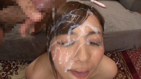 【ブス厳禁】美女しか許されない顔面ザーメンシャワーのエロ画像集(30枚)・29枚目
