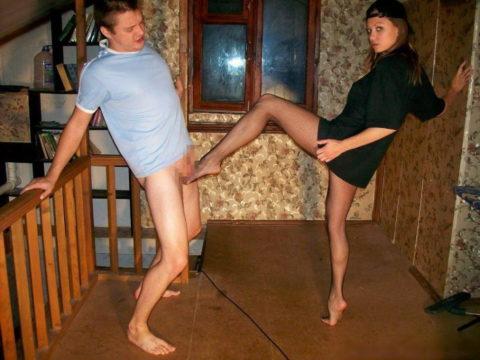 【理解不能】女にタマ蹴り上げられて快感を得るドM男たちwwwwwwwww(画像30枚)・6枚目