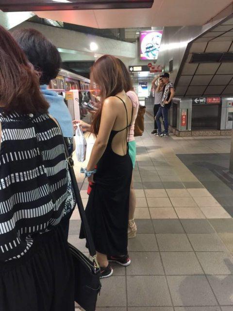 【オカズ発見!】最近の若い女性の過激ファッションがこちら(画像23枚)・19枚目