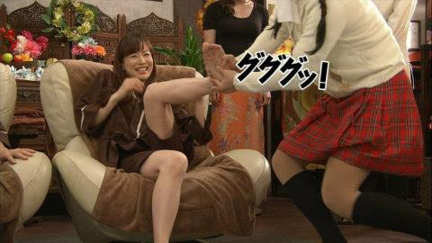 テレビで女性芸能人の足つぼを押すマッサージ師って絶対興奮してるよね(画像25枚)・20枚目