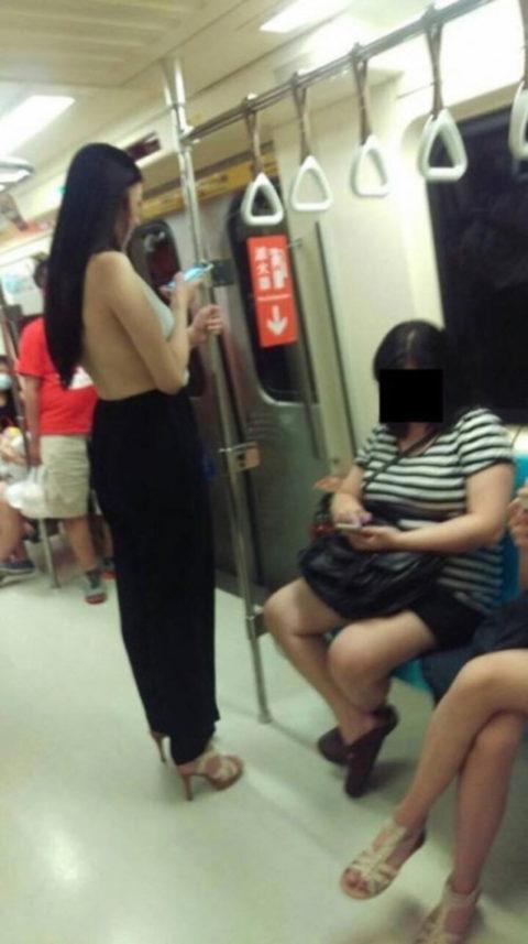【オカズ発見!】最近の若い女性の過激ファッションがこちら(画像23枚)・21枚目