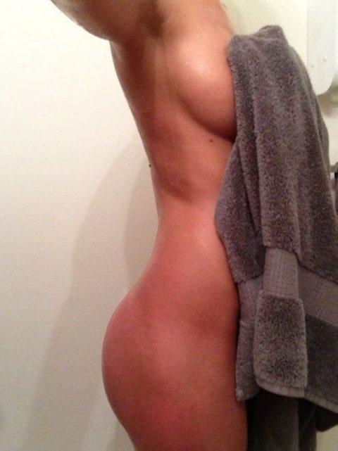 風呂上がりにセクシーセルフィーを撮りたくなる女の心理wwwwwwwwwwww(画像29枚)・23枚目