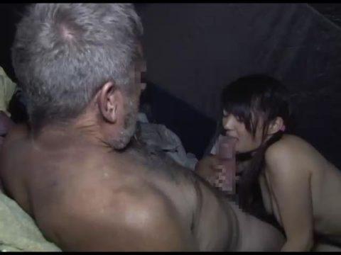 ガチなホームレスおじさんとセックスさせる日本のAVの闇深杉・・・(画像30枚)・29枚目