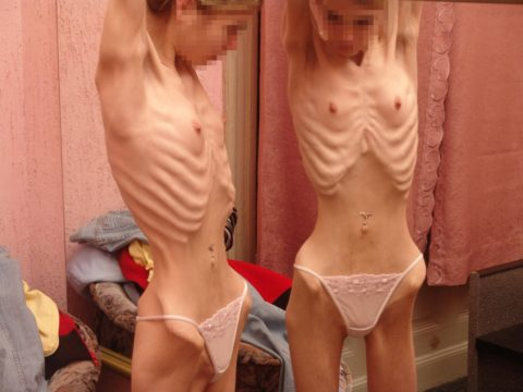 体脂肪率5%以下の女のエロ画像集(30枚)・29枚目