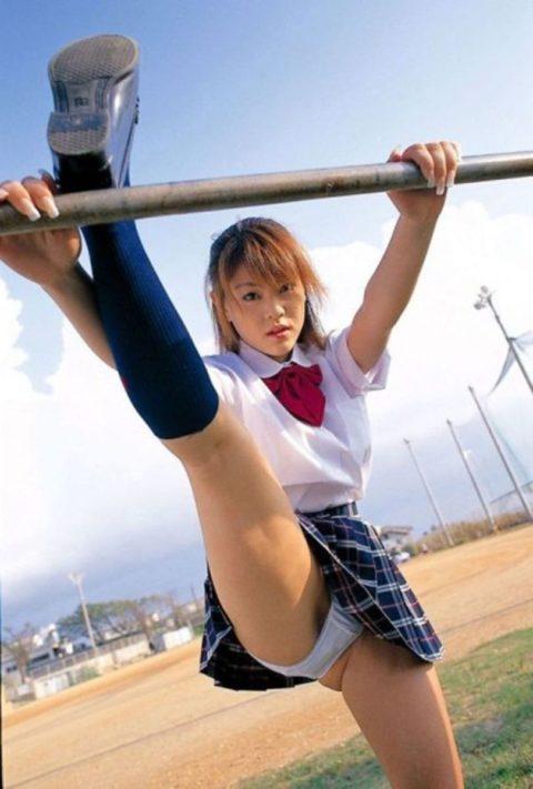 ミニスカ女子をブランコで遊ばせてみた結果wwwwwwwwwwww(26枚)・6枚目