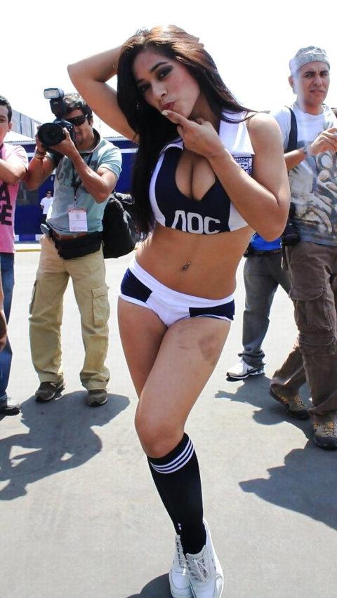 セックスアピールが凄い海外チアリーダーの肉体美(画像30枚)・9枚目