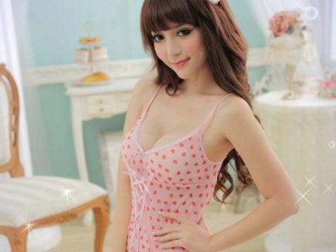 香港の下着モデルが細いのに巨乳とかいう奇跡の体型揃いで抜いた・・・(画像30枚)・1枚目