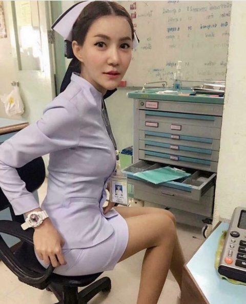 エロ過ぎてクビになった(?)というタイの看護師さんの画像集(28枚)・11枚目