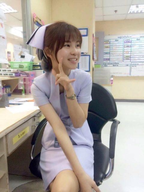 エロ過ぎてクビになった(?)というタイの看護師さんの画像集(28枚)・16枚目