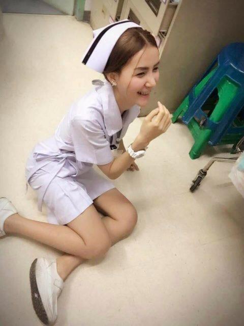 エロ過ぎてクビになった(?)というタイの看護師さんの画像集(28枚)・19枚目