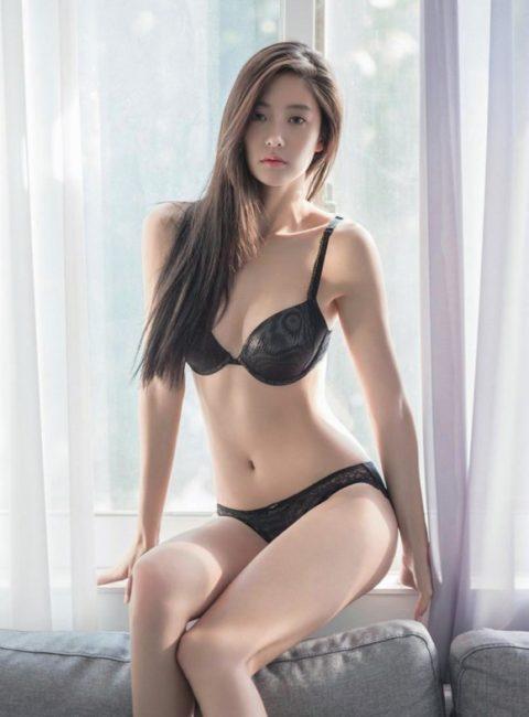 顔面とスタイルが特徴的な韓国の下着モデル画像集(30枚)・28枚目