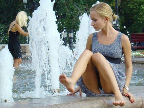 【盗撮】初夏の噴水がパンチラスポットだって知ってた?(画像30枚)・30枚目