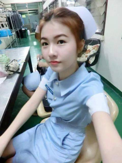 エロ過ぎてクビになった(?)というタイの看護師さんの画像集(28枚)・4枚目