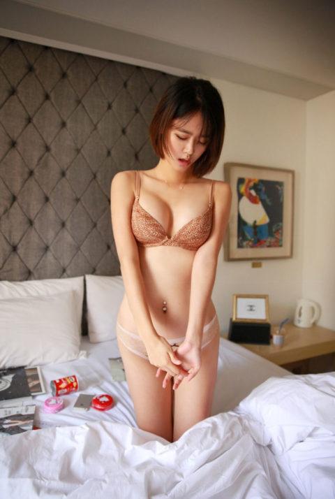 顔面とスタイルが特徴的な韓国の下着モデル画像集(30枚)・4枚目