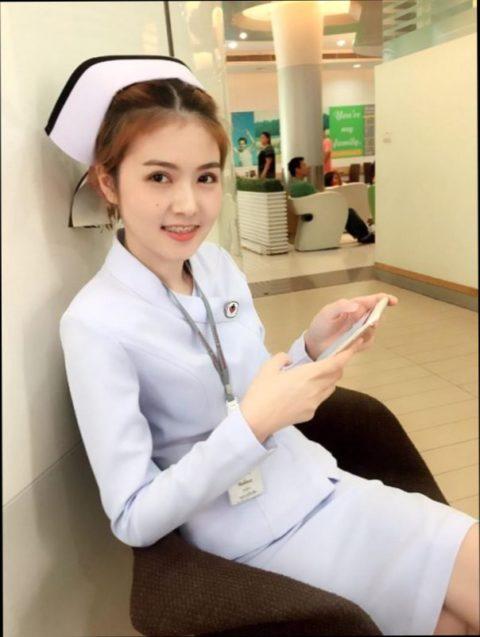 エロ過ぎてクビになった(?)というタイの看護師さんの画像集(28枚)・5枚目
