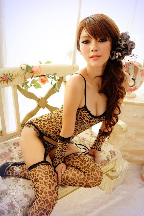 香港の下着モデルが細いのに巨乳とかいう奇跡の体型揃いで抜いた・・・(画像30枚)・7枚目
