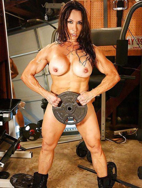 こんなジムは嫌だ!全裸でトレーニングする女子がエロ過ぎて集中できない・・・(画像30枚)・16枚目