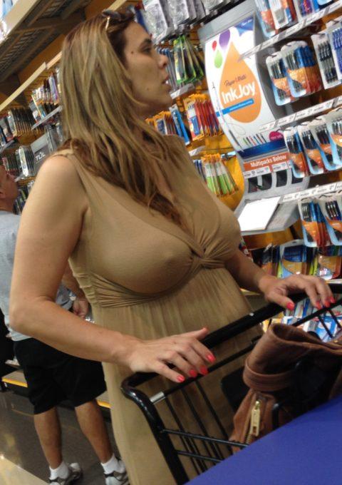 海外のスーパーがエロハプニングだらけで買い物に集中できないwwwwwww(画像23枚)・2枚目