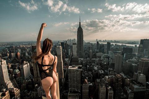 高所と美女のヌードがWでチンコを刺激してくれるセクシー画像集(30枚)・21枚目