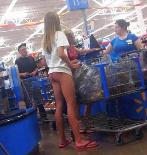 海外のスーパーがエロハプニングだらけで買い物に集中できないwwwwwww(画像23枚)・19枚目