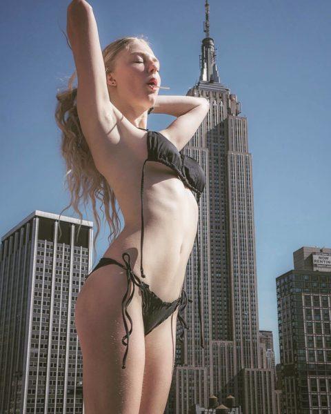 高所と美女のヌードがWでチンコを刺激してくれるセクシー画像集(30枚)・28枚目