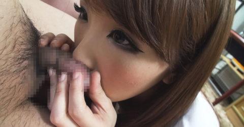 フェラチオの前にチンコの臭いを嗅ぐ女はビッチ確定wwwwwwwwwww(画像28枚)・4枚目