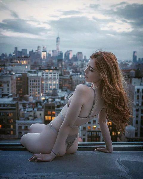高所と美女のヌードがWでチンコを刺激してくれるセクシー画像集(30枚)・4枚目