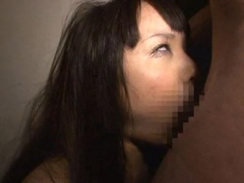 イラマチオさせられてブスになってる美女ほど興奮する絵ヅラはない(画像28枚)・7枚目
