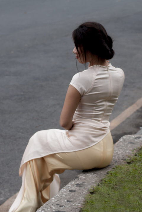ベトナム行ったら一発でヤラれちゃうアオザイ美女たちの画像集(25枚)・12枚目
