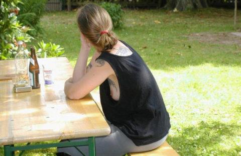 腋が甘すぎるノーブラ女子を発見した時の興奮度は異常wwwwwwww(画像21枚)・12枚目