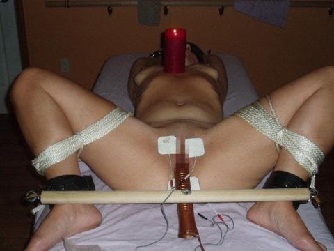 【SM調教】女を電流でビリビリさせる拷問プレイ画像集(30枚)・14枚目