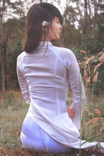 ベトナム行ったら一発でヤラれちゃうアオザイ美女たちの画像集(25枚)・19枚目