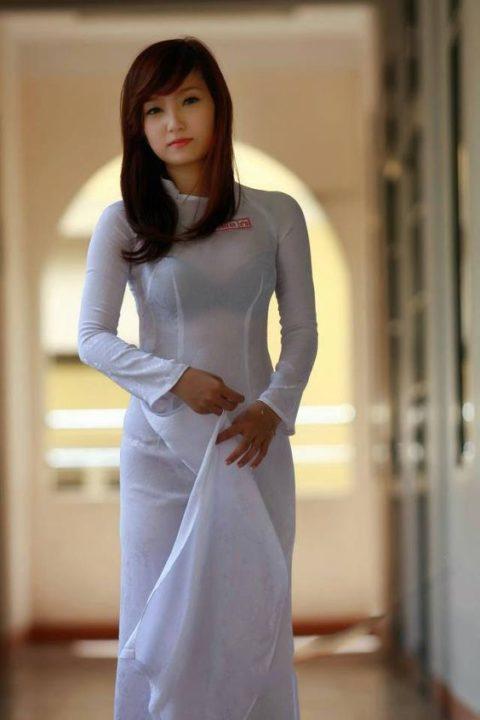 ベトナム行ったら一発でヤラれちゃうアオザイ美女たちの画像集(25枚)・2枚目