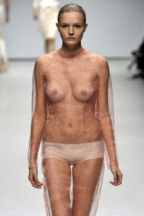 【乳首必須】抜けるファッションショーの画像集(30枚)・20枚目