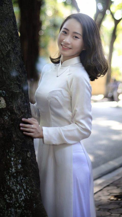 ベトナム行ったら一発でヤラれちゃうアオザイ美女たちの画像集(25枚)・21枚目