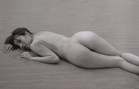 オイラも孕ませたい森下悠里さんの爆乳ギリヌード画像集(30枚)・22枚目