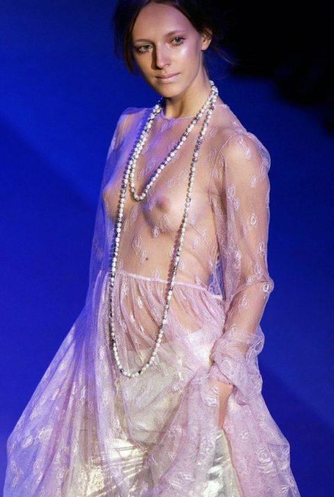 【乳首必須】抜けるファッションショーの画像集(30枚)・25枚目