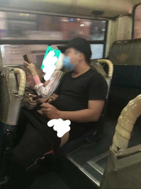 【痴漢の瞬間】電車で被害に遭っている女性たちの反応をご覧ください・・・92枚・62枚目