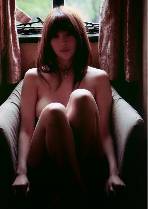 オイラも孕ませたい森下悠里さんの爆乳ギリヌード画像集(30枚)・6枚目