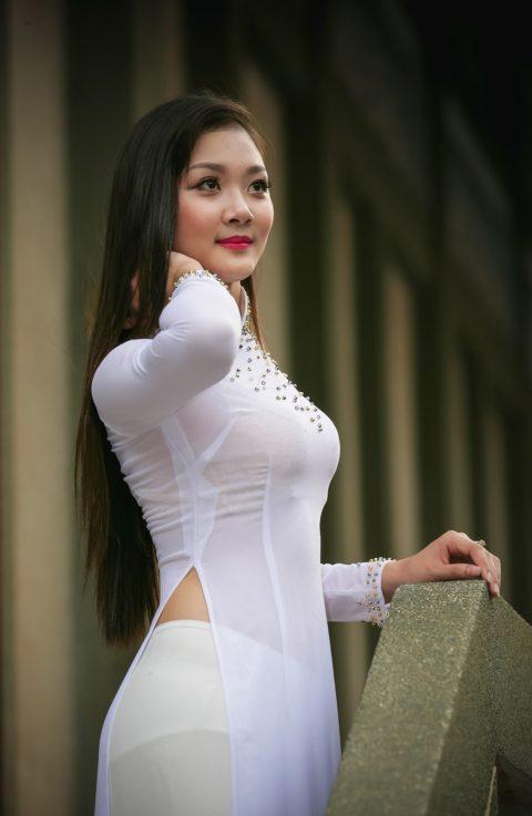 ベトナム行ったら一発でヤラれちゃうアオザイ美女たちの画像集(25枚)・7枚目