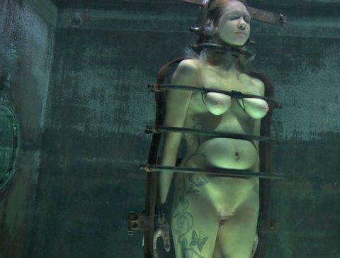 見てるだけで息苦しくなる水責めプレイのエロ画像集(42枚)・7枚目