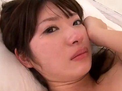 【闇深】後悔?涙を流すAV女優さんのリアルなエロ画像集(23枚)・10枚目