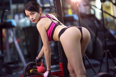 むしろ汗だくになってほしいスポーツウェアを着たセクシーな女の子(画像40枚)・11枚目