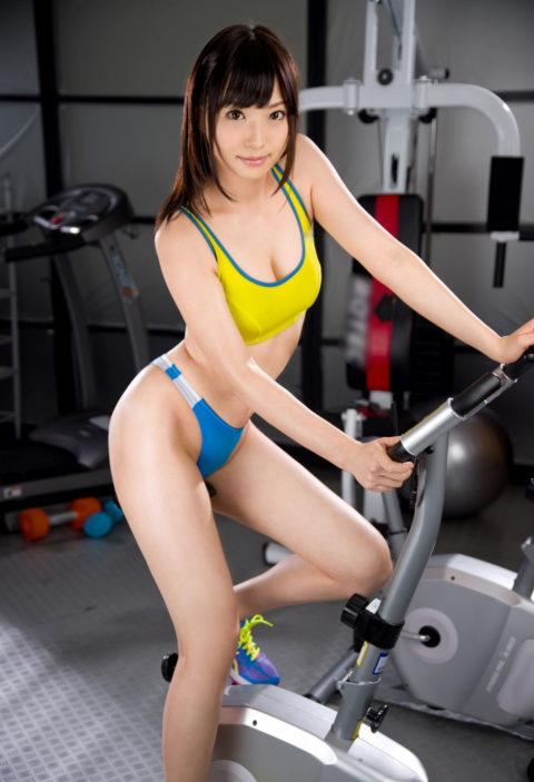 むしろ汗だくになってほしいスポーツウェアを着たセクシーな女の子(画像40枚)・29枚目