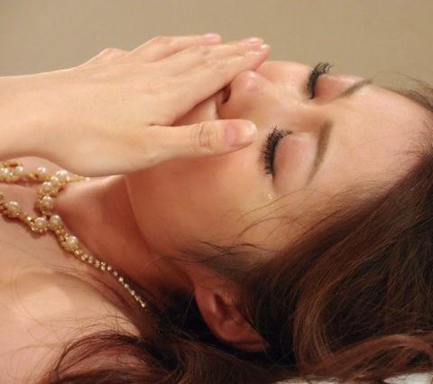 【闇深】後悔?涙を流すAV女優さんのリアルなエロ画像集(23枚)・4枚目