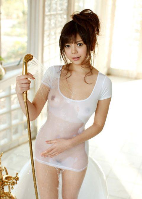 乳首解禁初級によく使われる濡れ透けエロ画像集(30枚)・5枚目